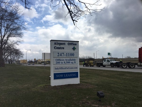 Pylon Signs for Neff Realty in Indianapolis, IN